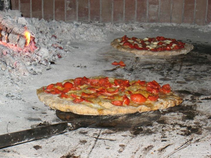 pizza-430065_1280
